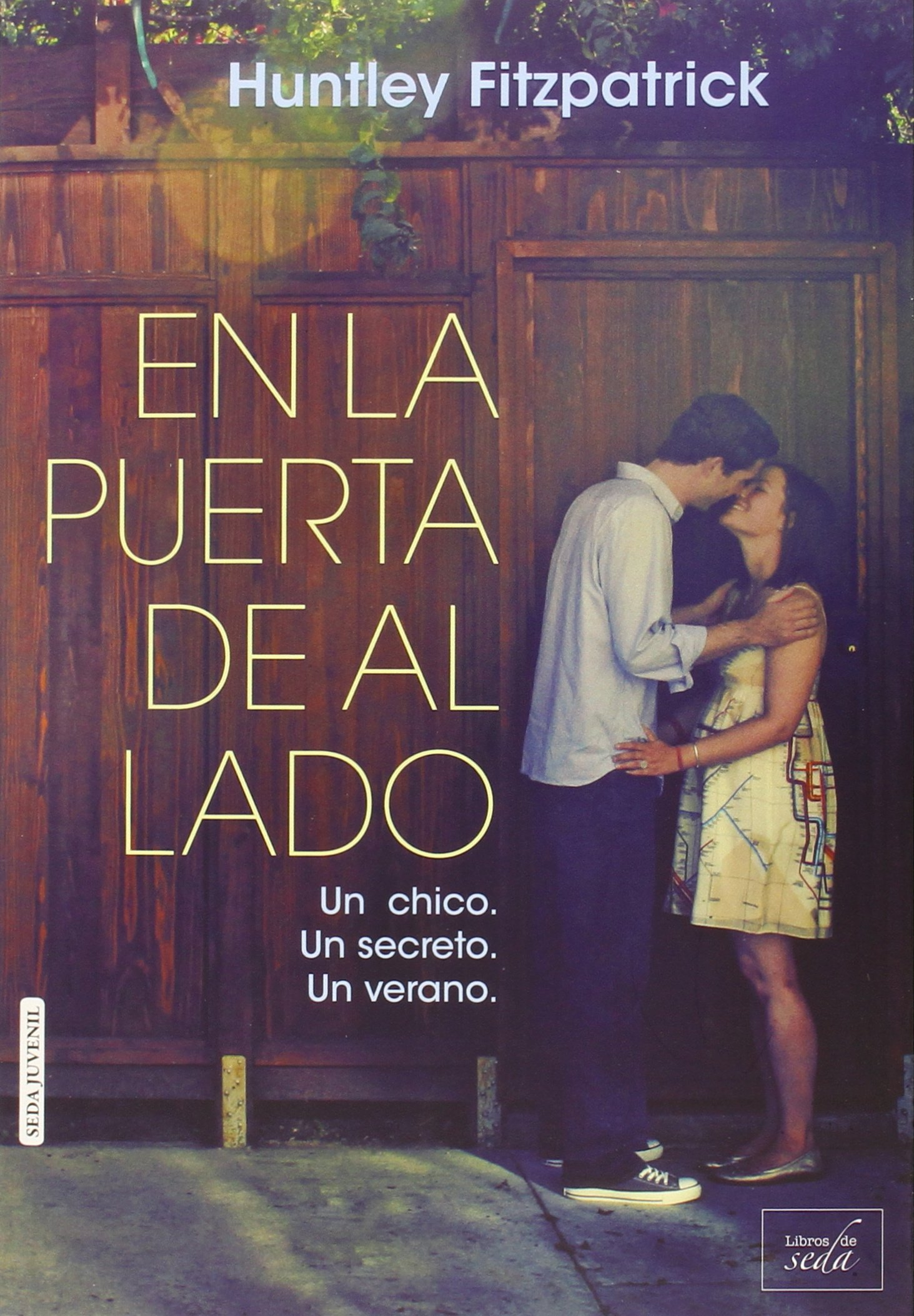 Amazon.com: En la puerta de al lado (Spanish Edition ...