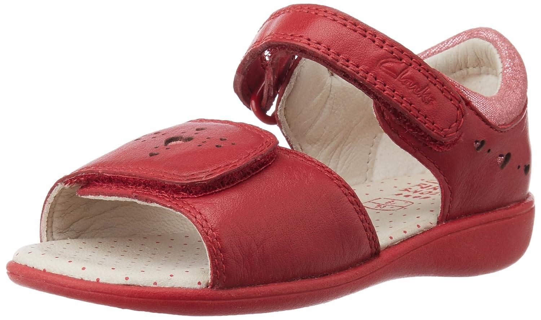 4874edeea34 Clarks Girl s Hazy Star FST Leather First Walking Sandals  Amazon.in  Shoes    Handbags