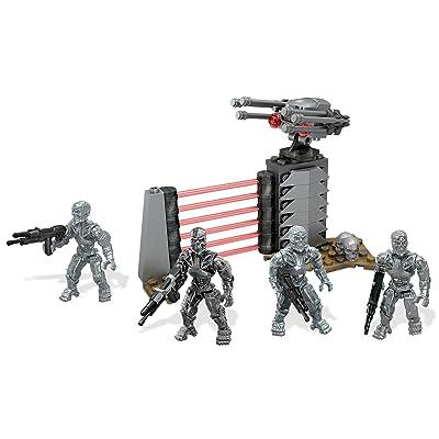 Mega Bloks Terminator: Genisys T-800 Figure Pack: Toys & Games