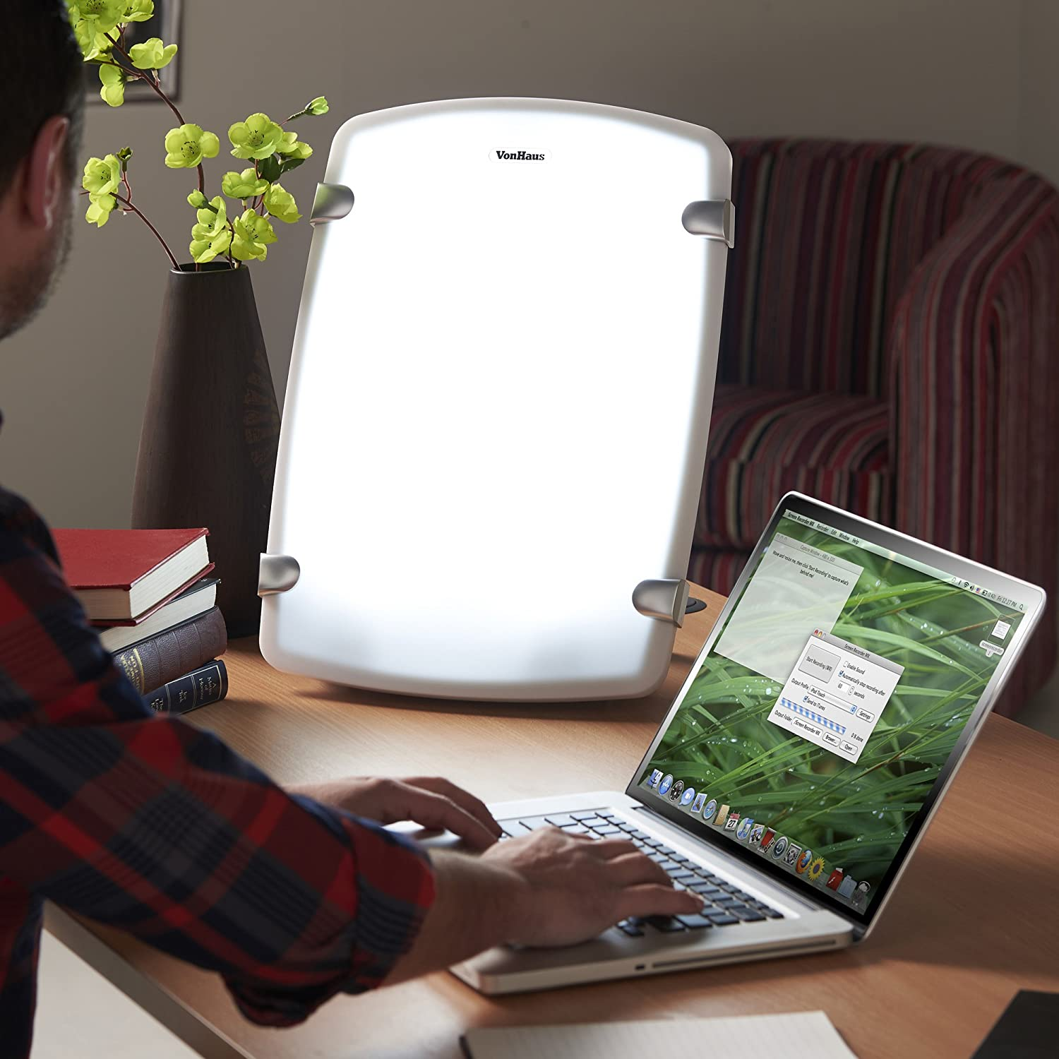 Vonhaus Sad Daylight Light Box 10,000 Lux Lamp  Medically Certified To  Treat Seasonal Affective Disorder  With Timer: Amazon: Health &  Personal Care
