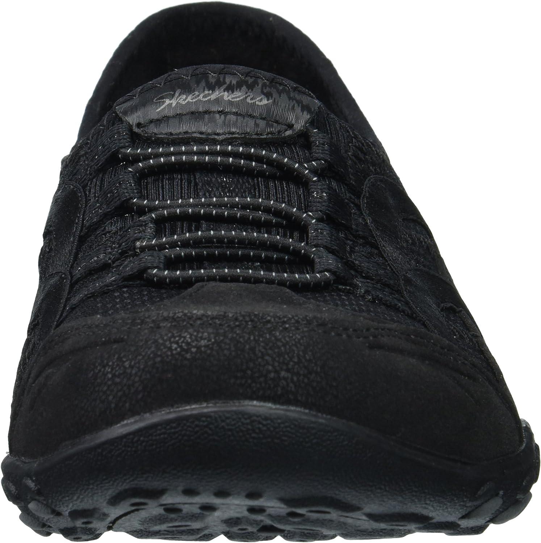 Skechers Women's Breathe Easy Well VERSED Sneaker Black