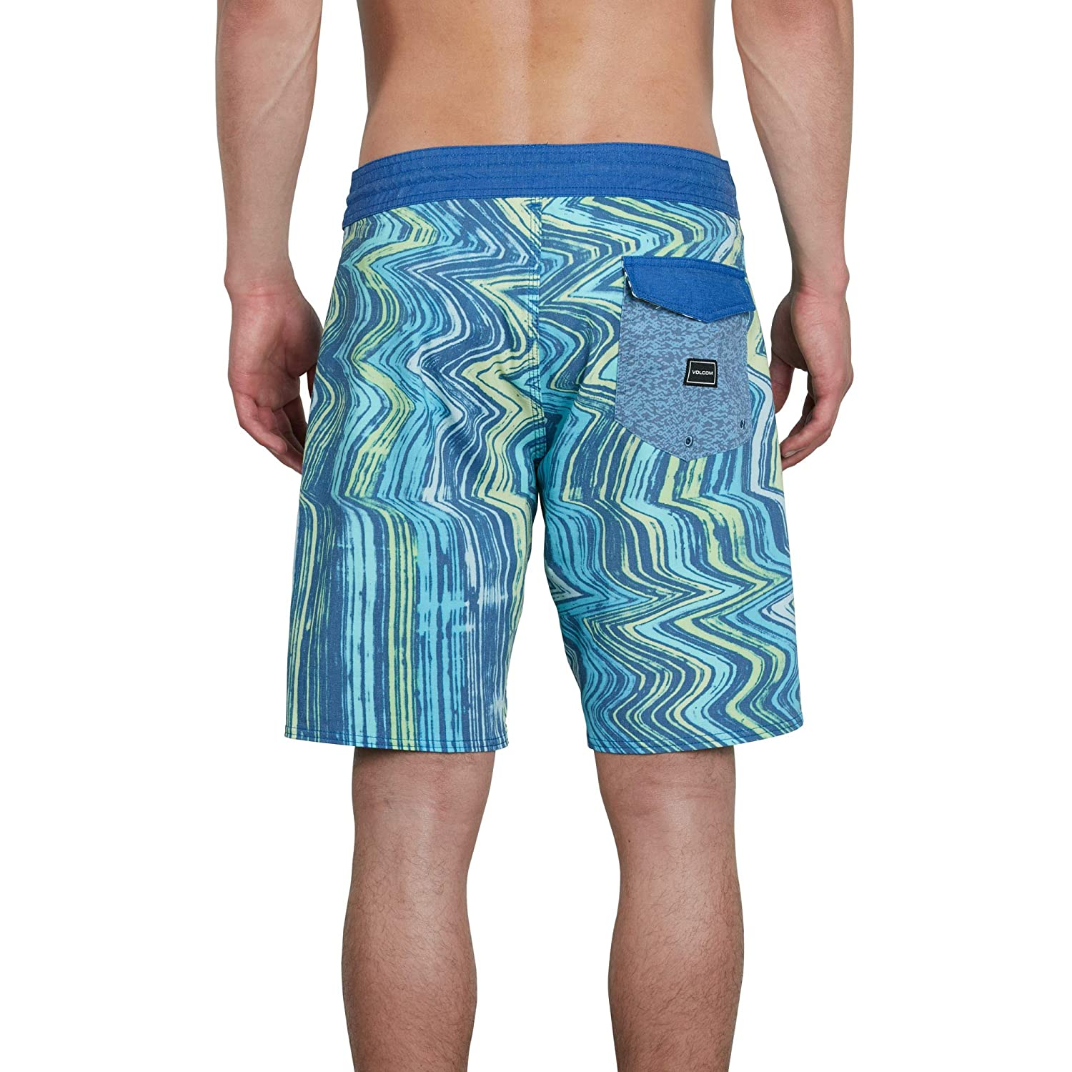 6532f81b80f09 Amazon.com: Volcom Men's Lo Fi Stoney 19