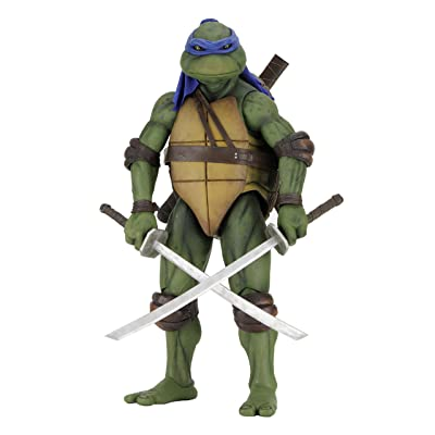 NECA Teenage Mutant Ninja Turtles Leonardo 1/4 Scale Action Figure: Toys & Games