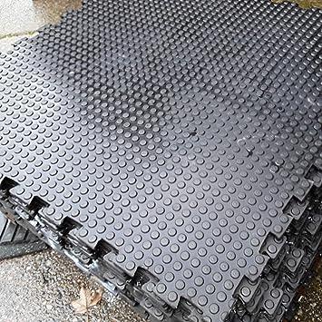 Heavy duty natural rubber interlocking floor tile m m x
