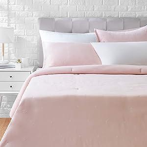 AmazonBasics Scattered Dot Embroidered Comforter Set - Premium, Soft, Easy-Wash Microfiber - King, Blush Pink