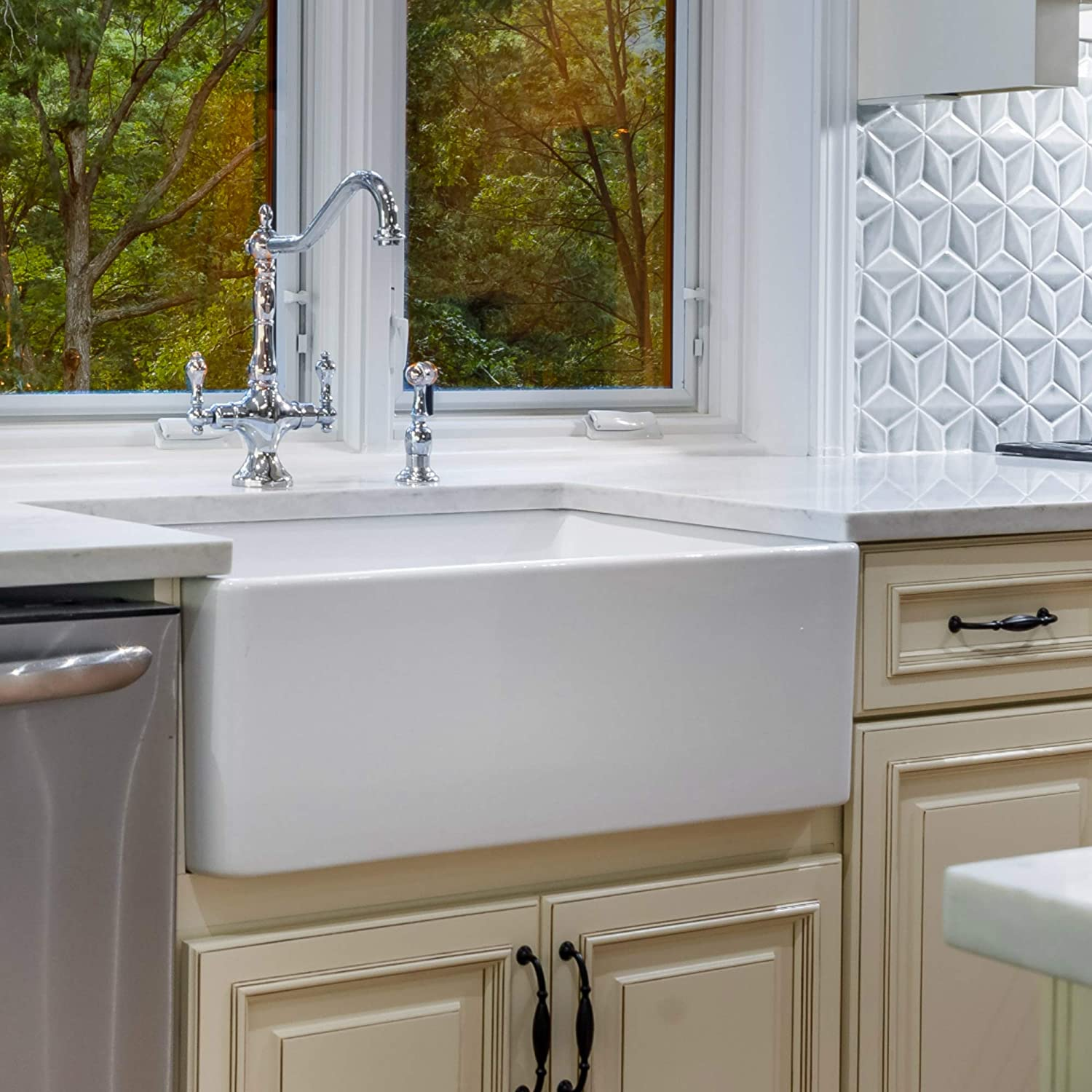 Fine Fixtures Sutton Fireclay Sink, 30 Apron Front Farmhouse Kitchen Sink.