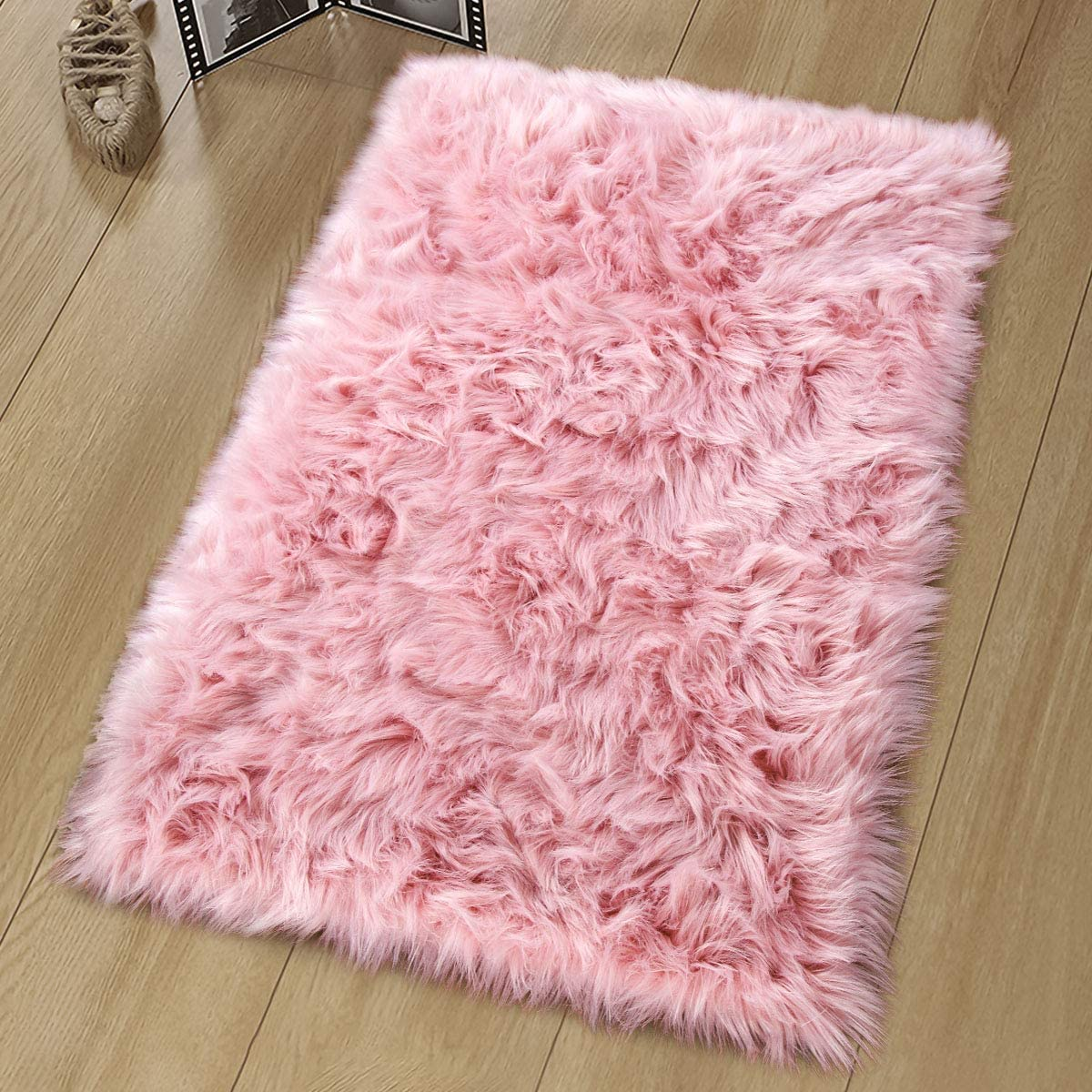 Noahas Luxury Fluffy Rugs Bedroom Furry Carpet Bedside Sheepskin Area Rugs Children Play Princess Room Decor Rug, 2ft x 3ft, Pink