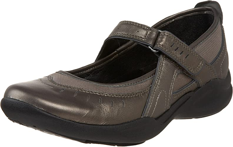 amazon clarks shoes