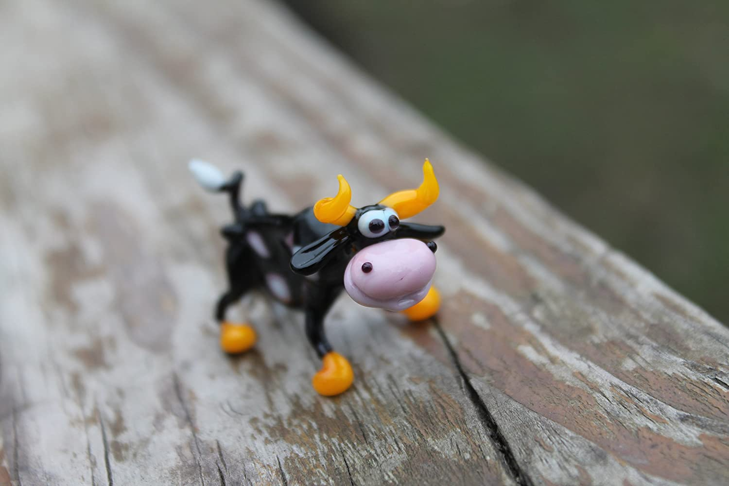 Small Glass Cow Figurine Sculpture Funny handmade Cute Homedecor Murano Art Gifts Miniature Blown cows Collectible Puppy Toys Lampwork Boro