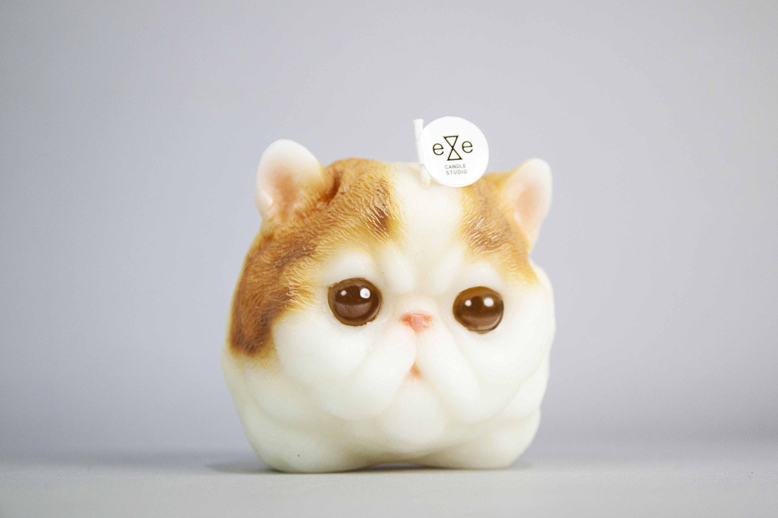 Persian Cat Candle - Yellow and White
