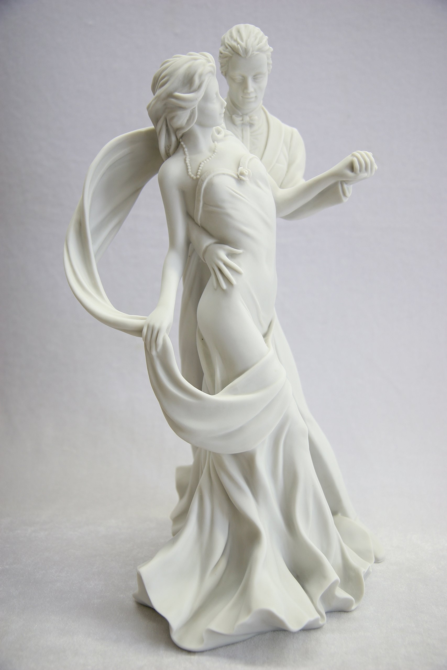 15.5'' Romantic Couple of Dancer Dance Statue Sculpture Figurine By Vittoria Collection Made in Italy by Vittoria Collection (Image #2)