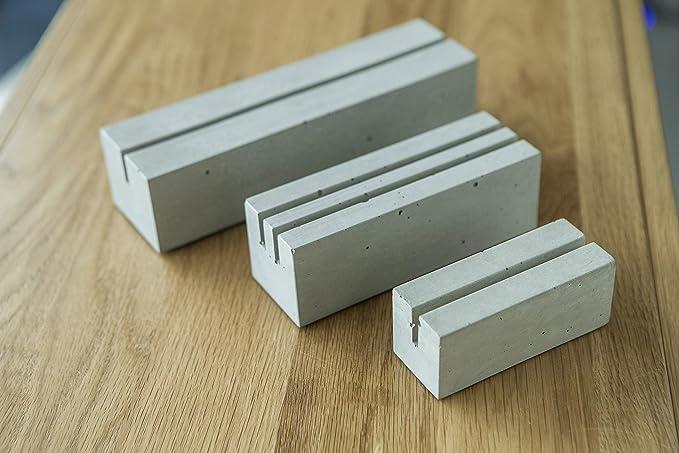Getr/änkekartenhalter aus Beton gegossen CO33 Tischaufsteller A5 mit Einer Nut