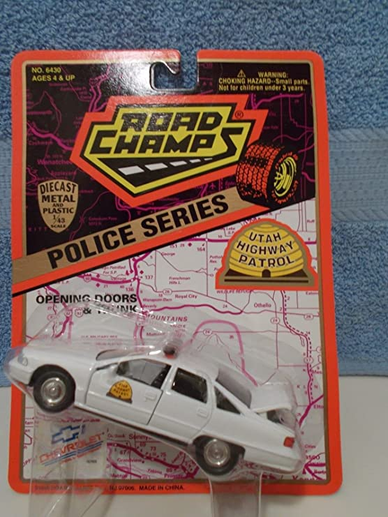 NEW ~ ROAD CHAMPS POLICE INDIANA STATE TROOPER FORD CROWN VIC 1//43 SCALE DIECAST