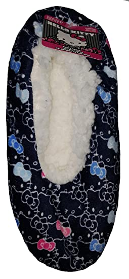a6e00579a Hello Kitty Fuzzy Babba Slipper Socks at Amazon Women's Clothing store: