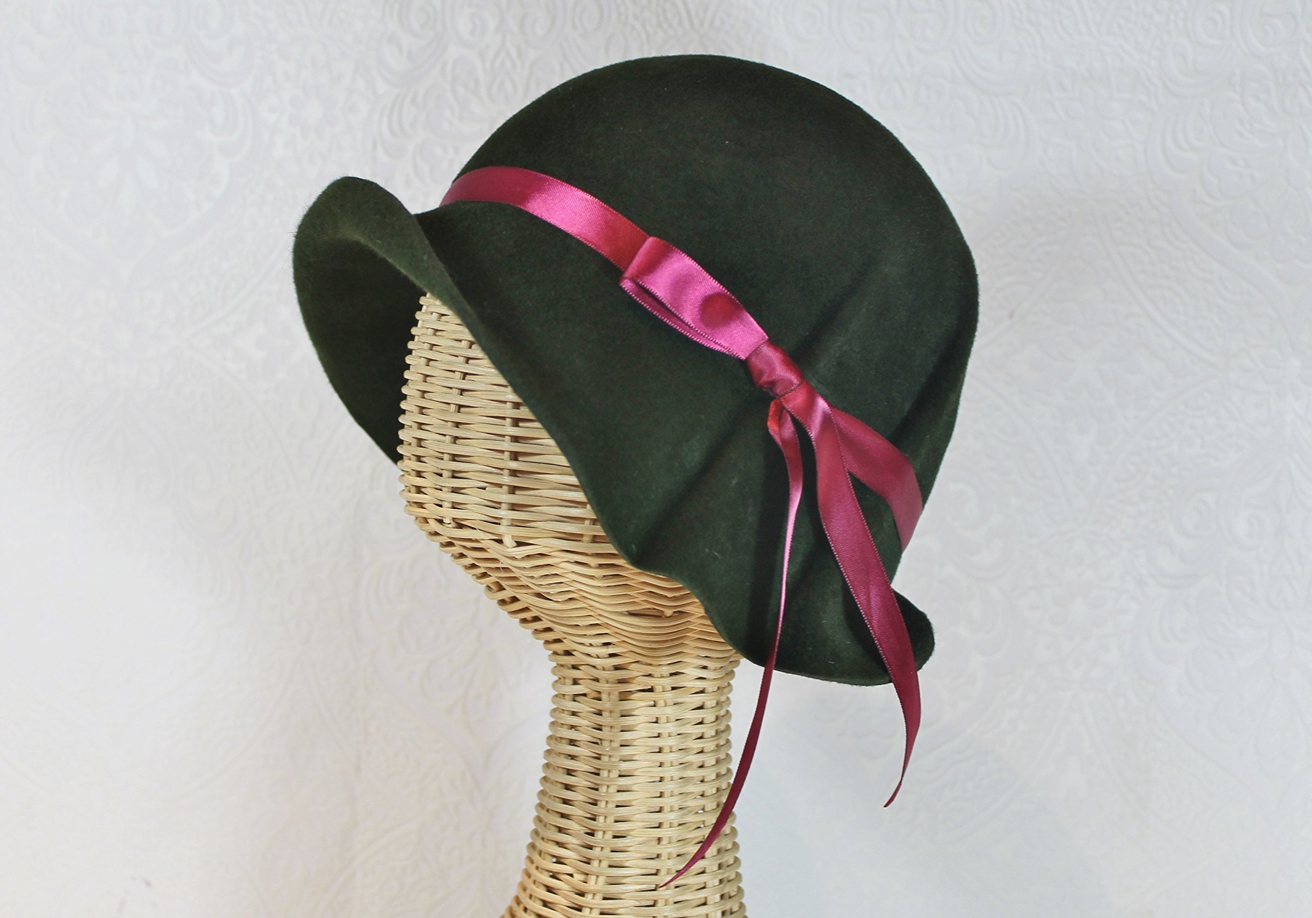 Loden Green Ingrid 20s Style Pleated Cloche Hat in Velour Felt