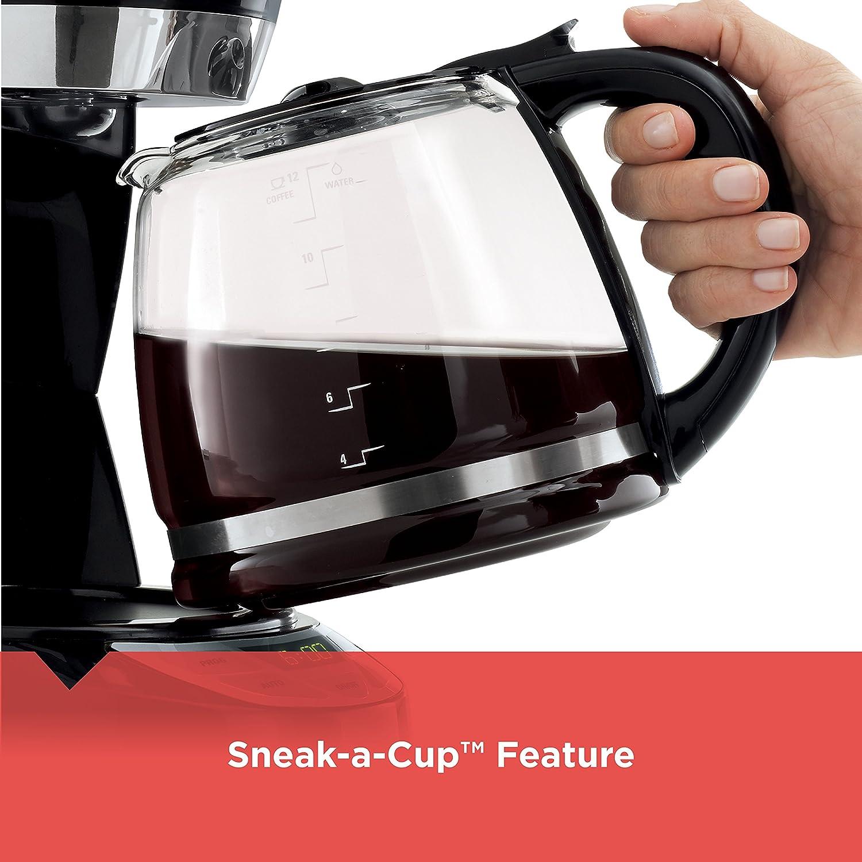 BLACK+DECKER CM1060B QuickTouch Programmable Coffeemaker, 12 Cup