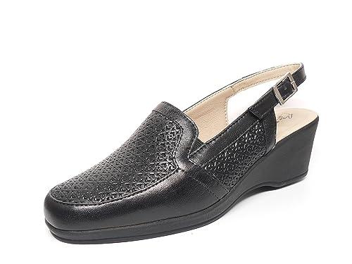 Zapato Casual Mujer Tipo Mocasin en Piel grabada Color Negro, Abiertos de Talon de la Marca PITILLOS 272-202 (35, Negro): Amazon.es: Zapatos y complementos