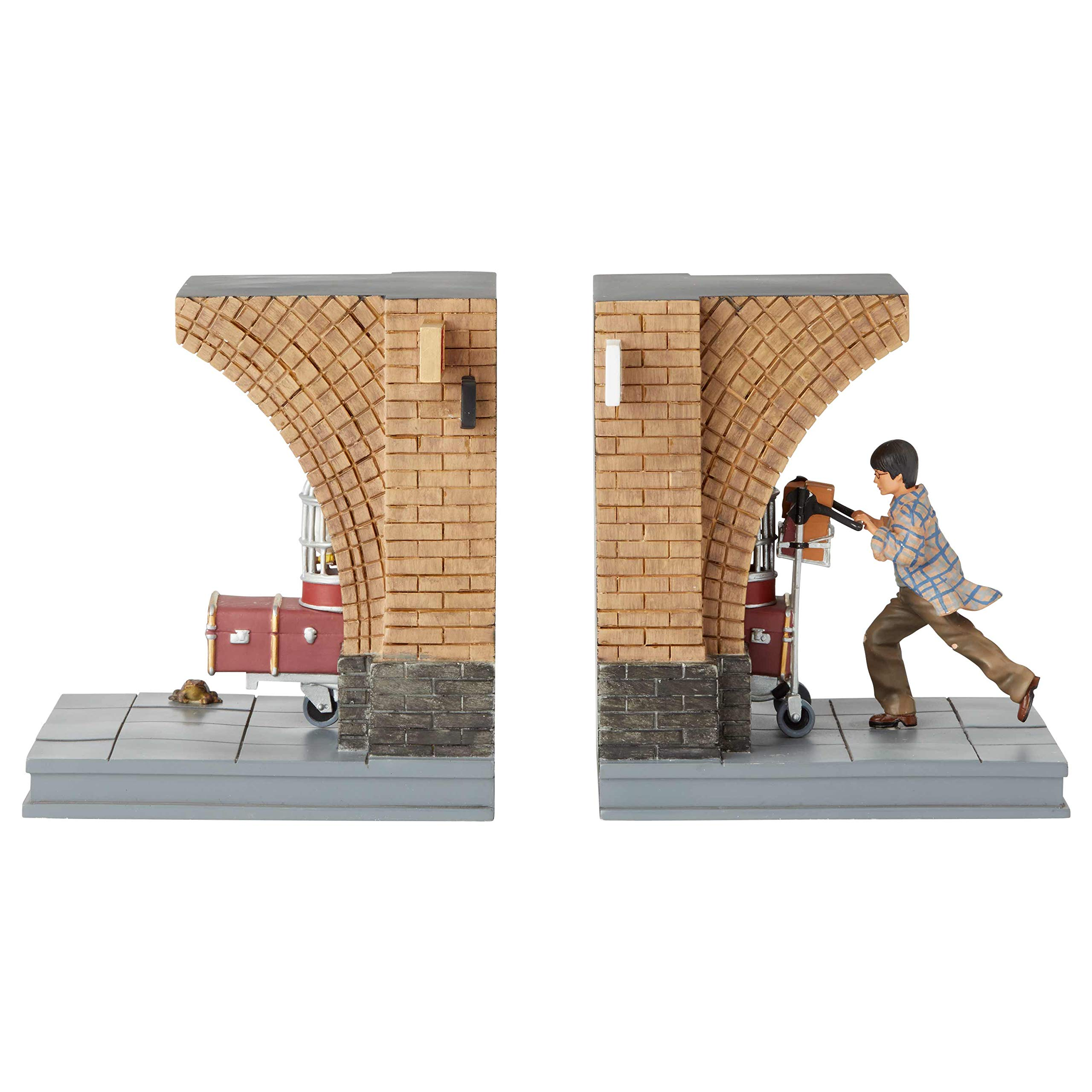 Enesco The Wizarding World of Harry Potter Platform 9 3/4 Decorative Bookends, 7.01 Inch by Enesco