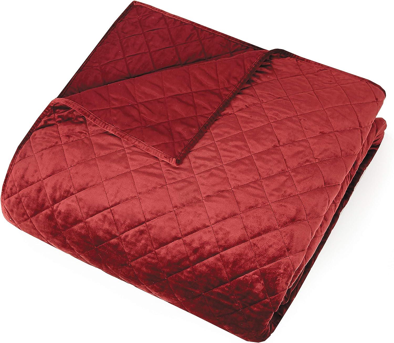 SHAM Modern Heirloom Collection Poly Velvet Euro Pair RED