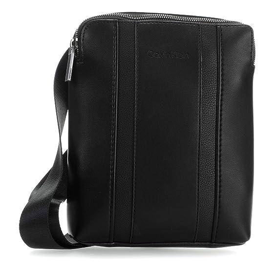 306fa4f669 Calvin Klein Essential Crossbody bag black: Amazon.co.uk: Clothing