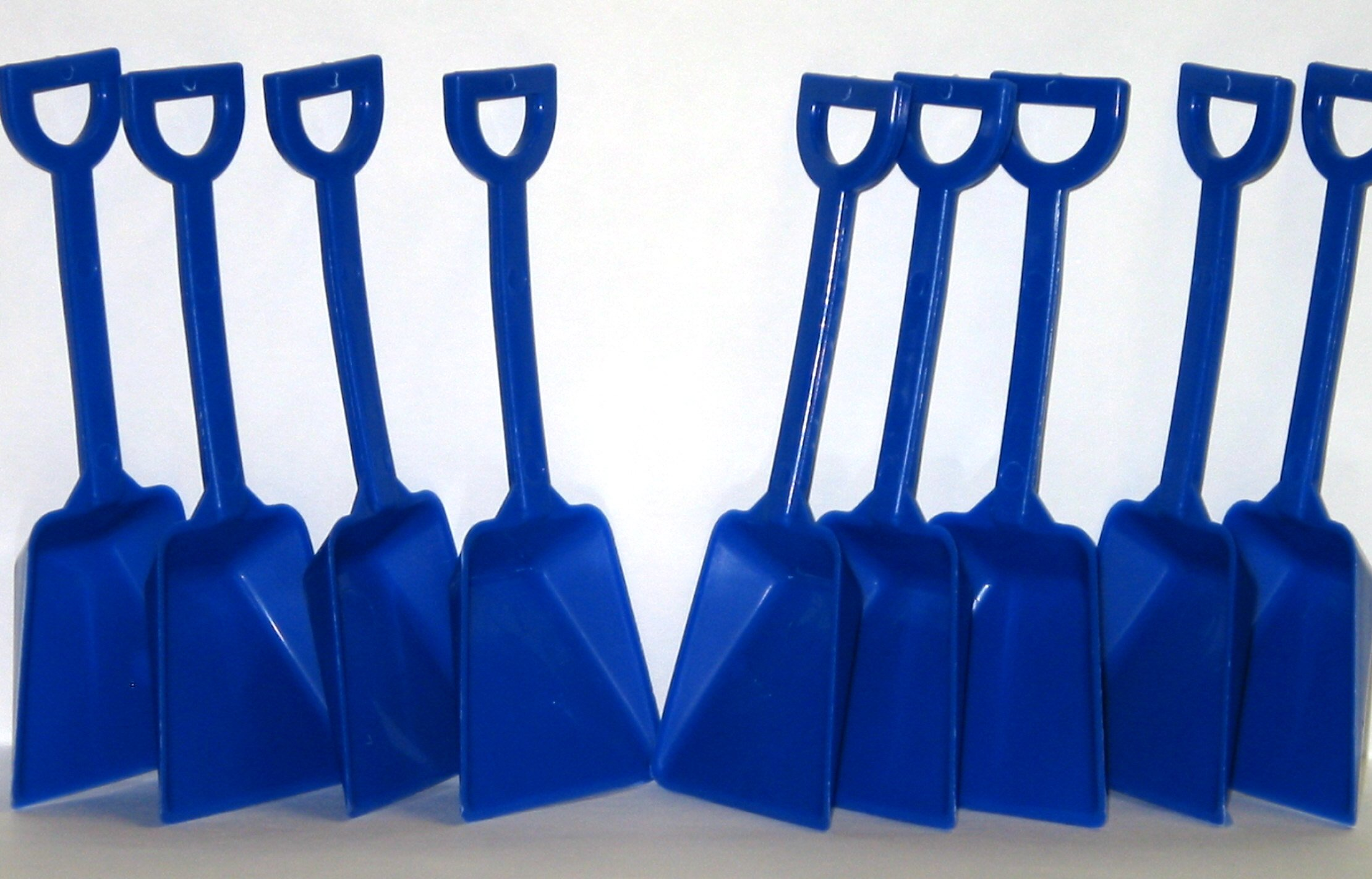 Small Toy Plastic Shovels Blue, 24 Pack, 7 Inches Tall, 24 I Dig You Stickers