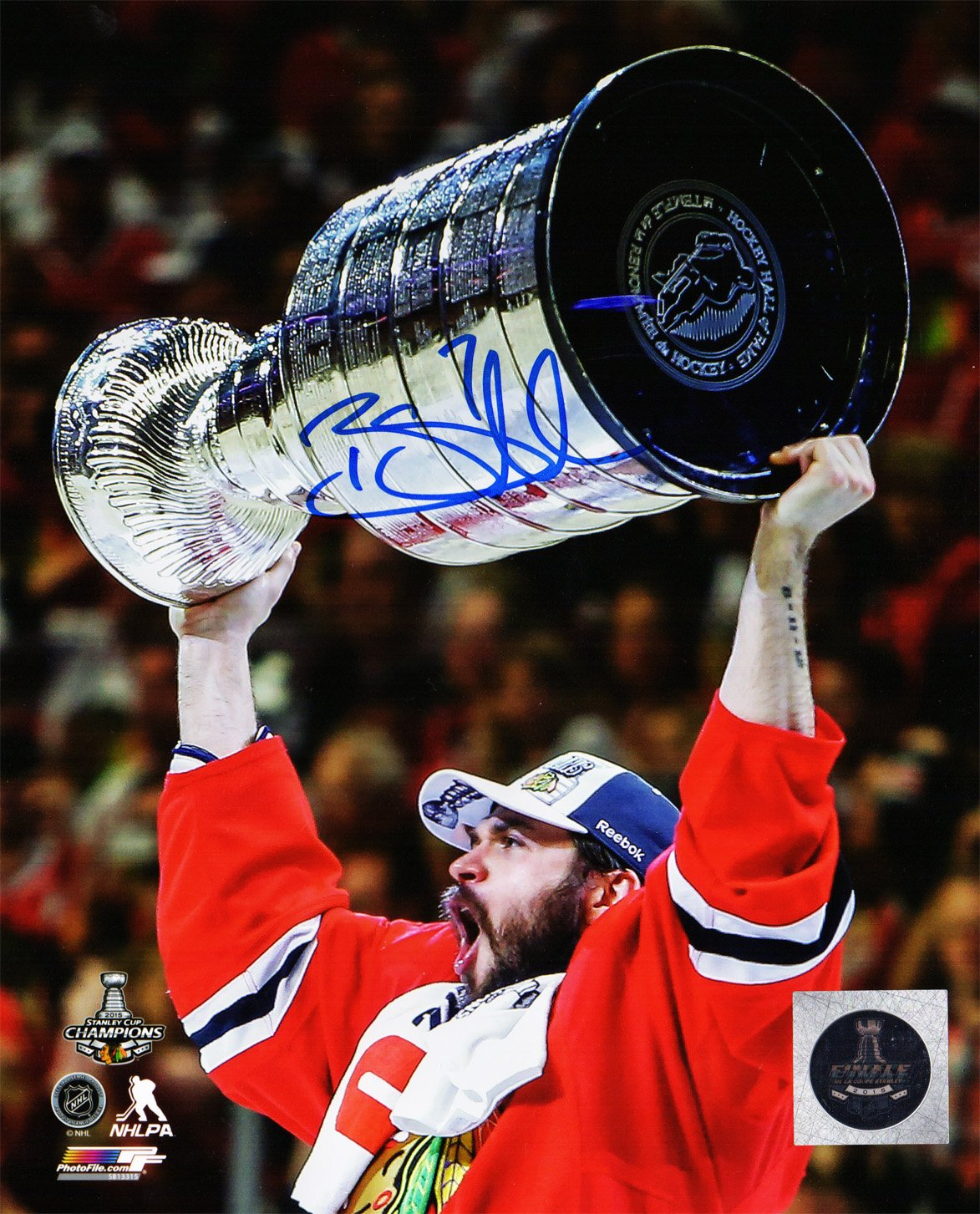 Brent Seabrook Signed Chicago Blackhawks 2015 Stanley Cup Trophy 8x10 Photo at Amazons Sports Collectibles Store