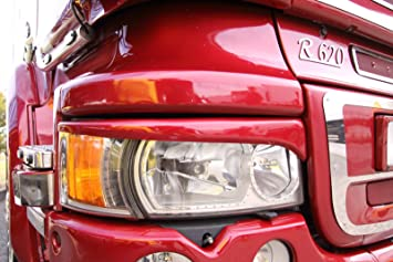 Embellecedores de faros a modo de cejas para el camión Streamline de Scania