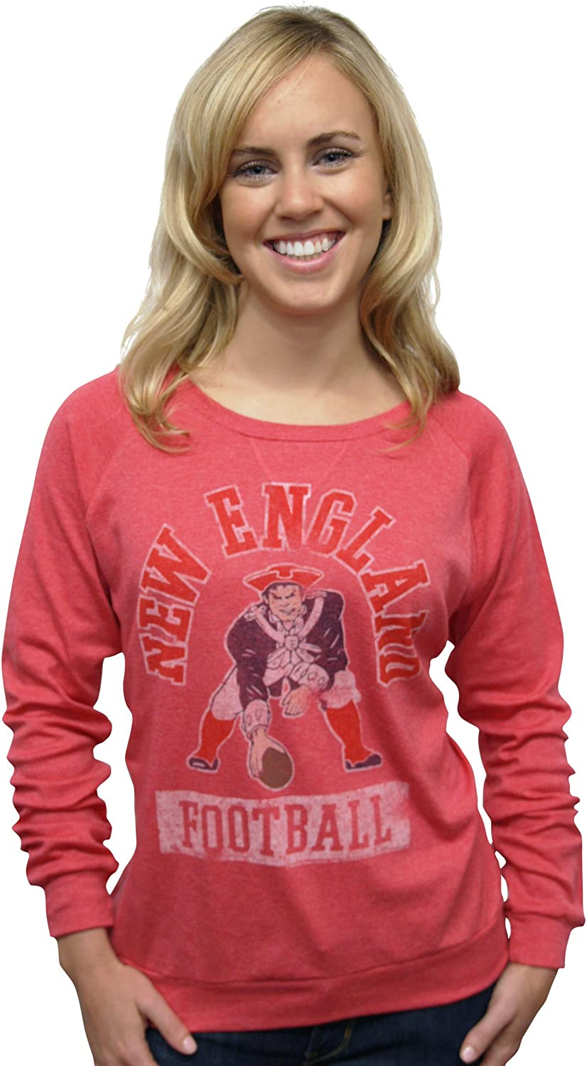 NFL New England Patriots Women's True Vintage Distressed Triblend Crew Neck Long Sleeve Pullover
