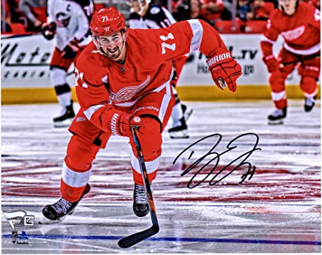 finest selection eab67 7bf64 Image Unavailable. Image not available for. Color  Dylan Larkin Detroit Red  Wings Autographed ...