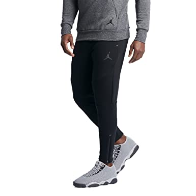 b8b77b34829 Amazon.com: Nike Jordan Shield 465 Fleece Men's Pants: Clothing