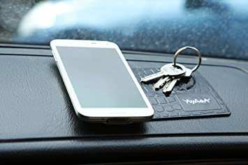 ... capacidad para teléfonos celulares, detector de radar, GPS. La última Sticky Mat coche para el salpicadero de coche teléfono accesorios mejor Mat.