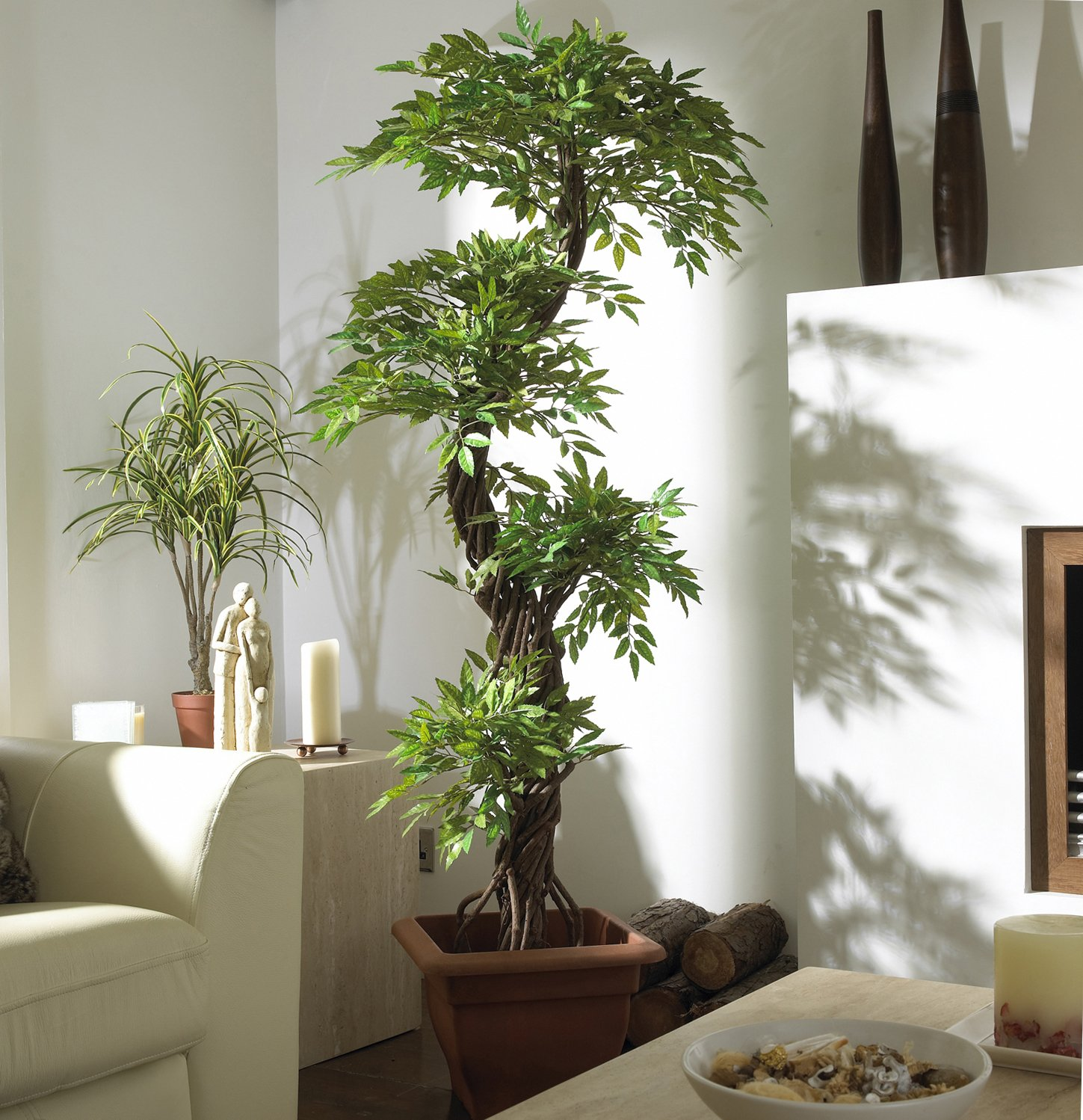 Luxury Japanese Fruticosa Tree, Handmade Artificial Plant, Replica Japanese Tree Made With Real Bark and Synthetic Leaves in a Brown Plastic Pot, 165 Centimetres Tall by Vert Lifestyle