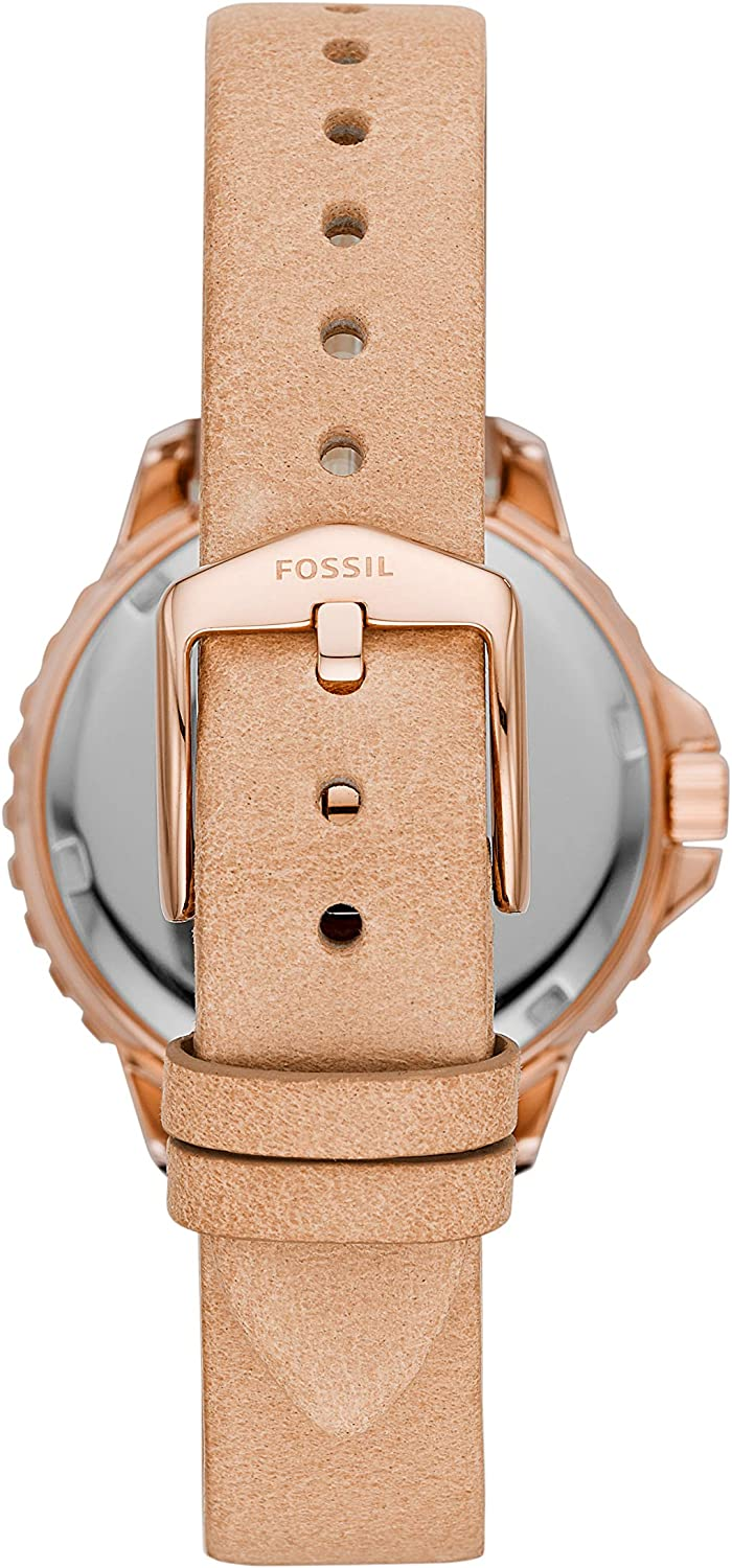 Fossil Women's Izzy Stainless Steel Casual Quartz Watch Rose Gold, Blush