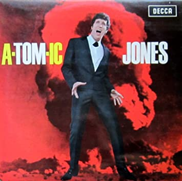 A-tom-ic Jones: Tom Jones: Amazon.es: Música