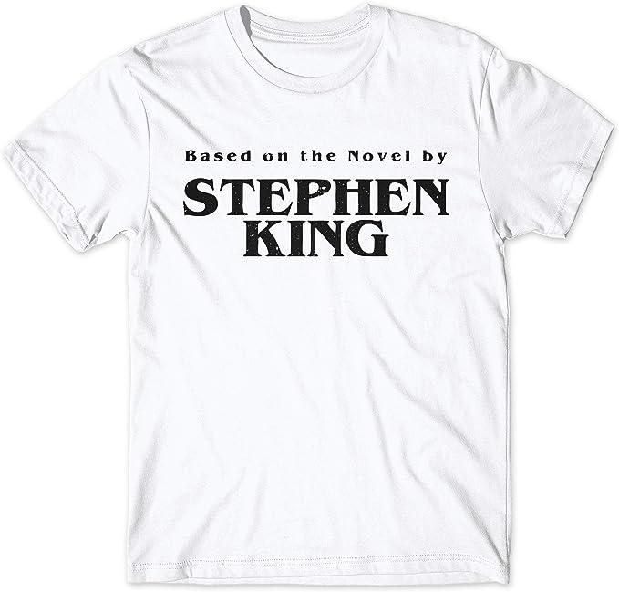 LaMAGLIERIA Camiseta Hombre Based On The Novel by Stephen King Black Print - Camiseta 100% algodón: Amazon.es: Ropa y accesorios