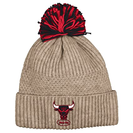 86968acc67b Image Unavailable. Image not available for. Color  Mitchell   Ness Beige Speckle  Chicago Bulls Pom