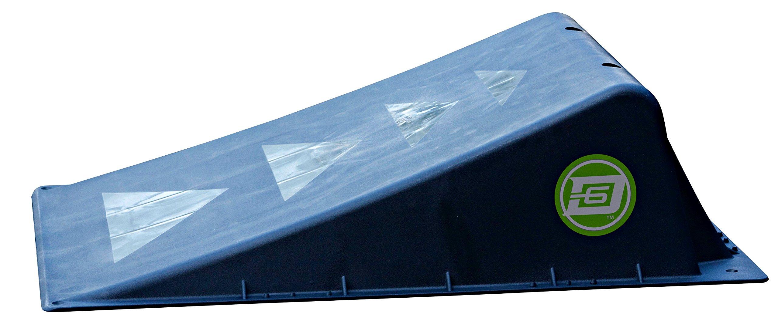 D6 SPORTS Single Mini Ramp-Black, Black by D6 SPORTS