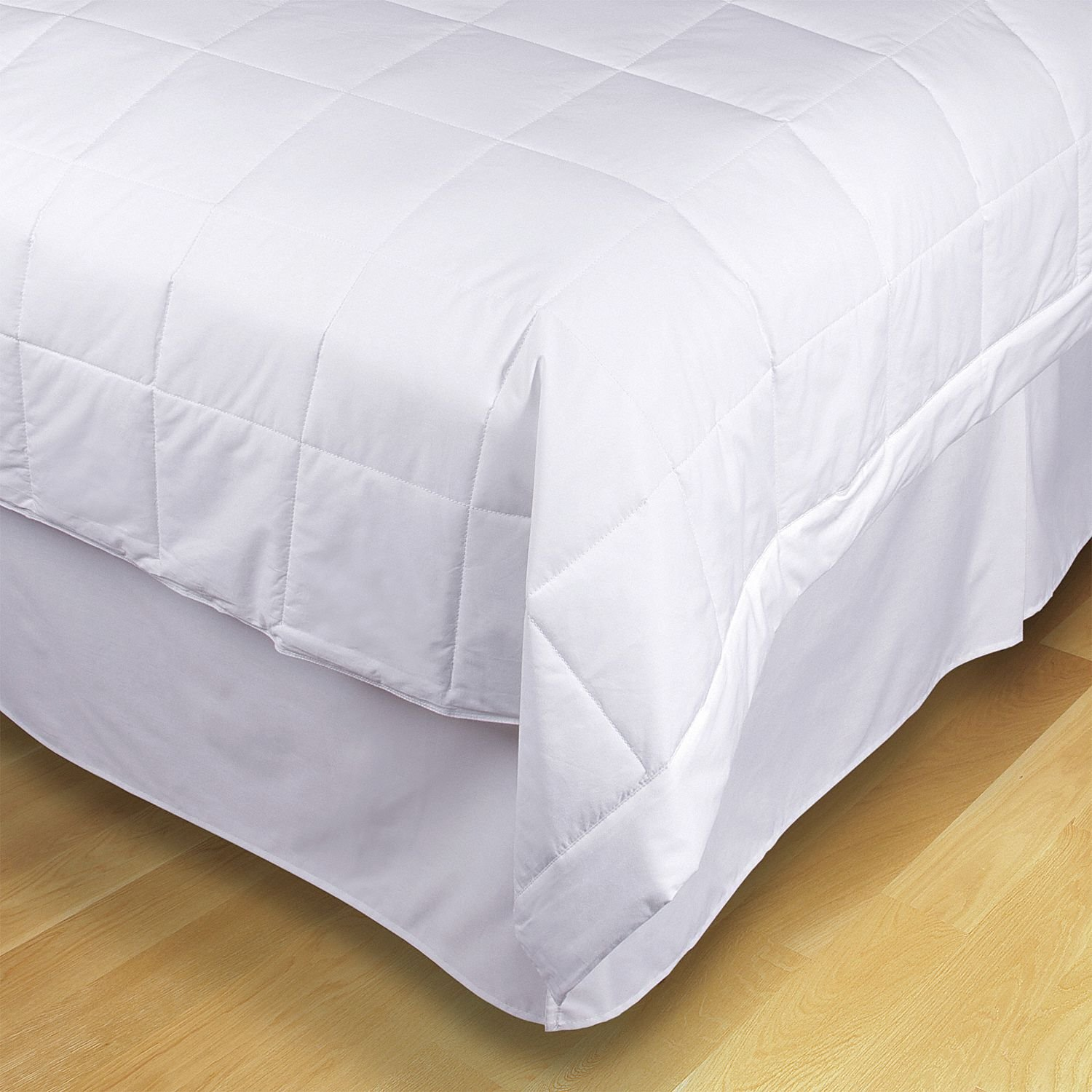 90'' x 108'' King Reuse-Recycled Cotton Cover/Polyfill Filled Blanket, White