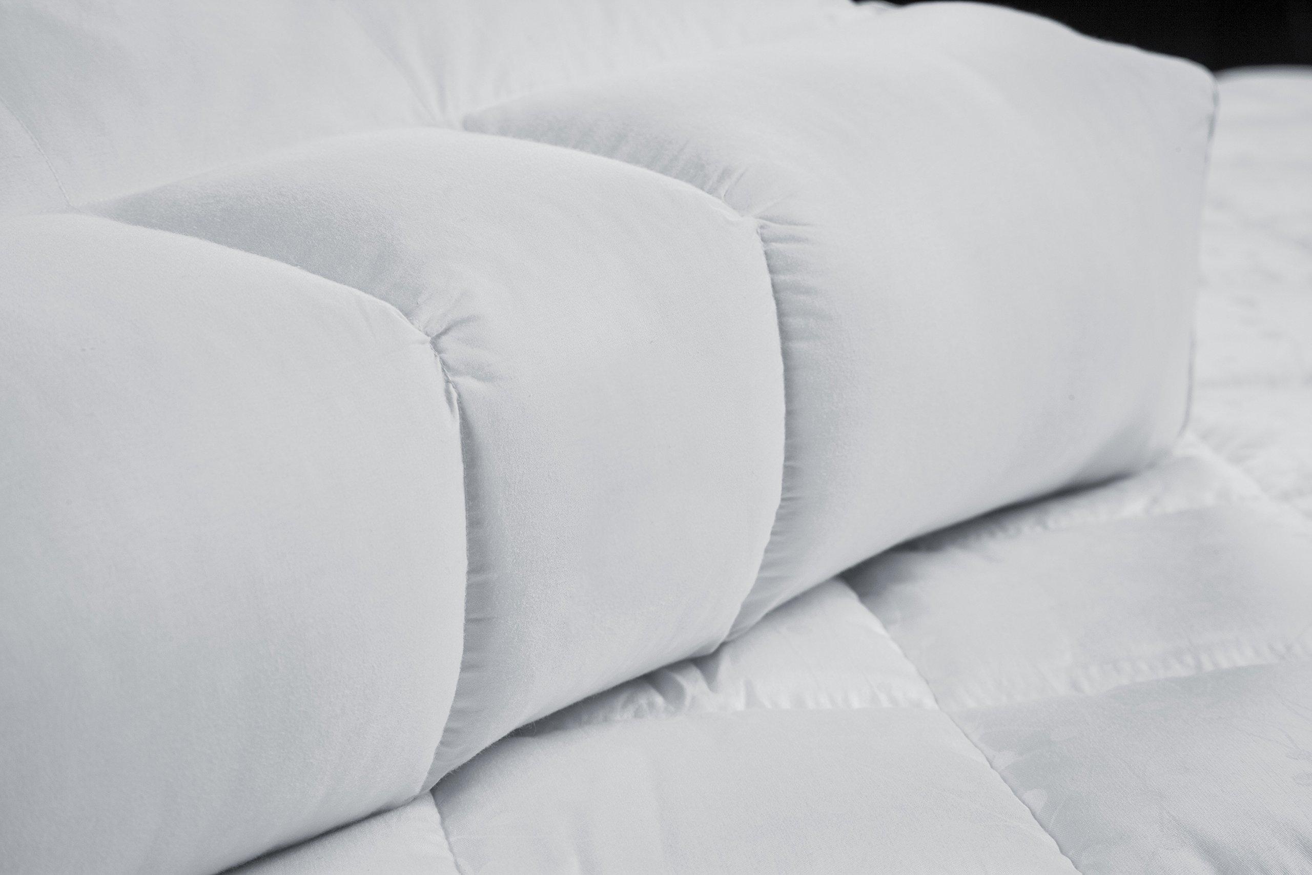 Othello Promed Medical Pillow, White