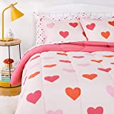 Amazon Basics Kids Easy-Wash Microfiber Bed-in-a-Bag Bedding Set - Full/Queen, Pink Hearts
