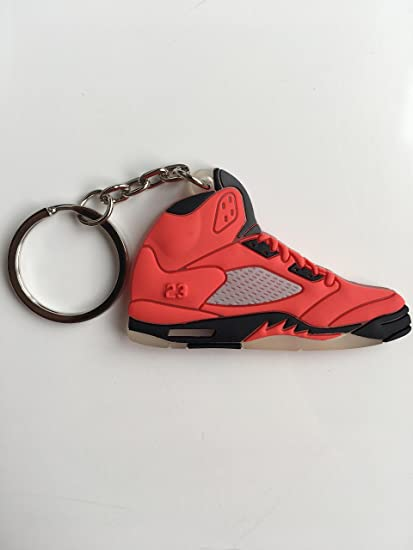 b8359b1f1781 Amazon.com   Jordan Retro 5 Raging Bull Sneaker Keychain Shoes Keyring AJ 23  OG   Sports   Outdoors