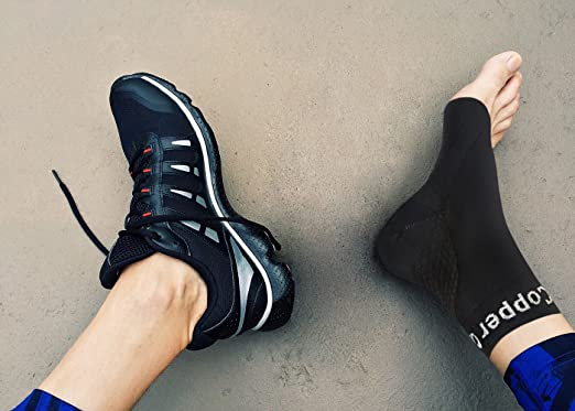 What is the difference between heel spur and plantar fasciitis?