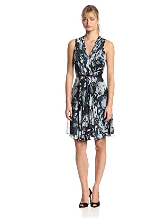 Donna Morgan Women's Sleeveless Pleated and Flared Dress, Teal, 2