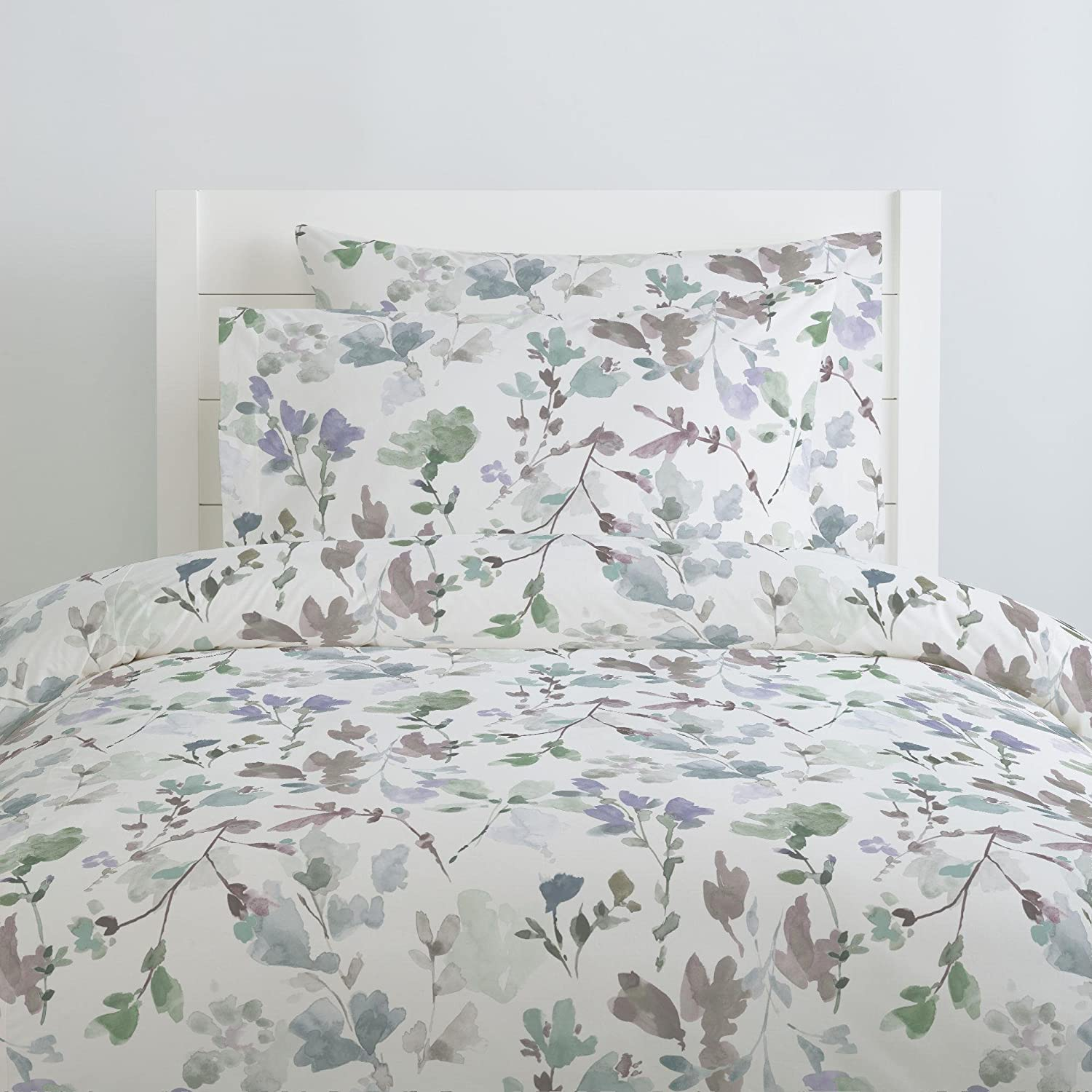 Amazon Com Carousel Designs Soft Wildflower Duvet Cover Queen Full