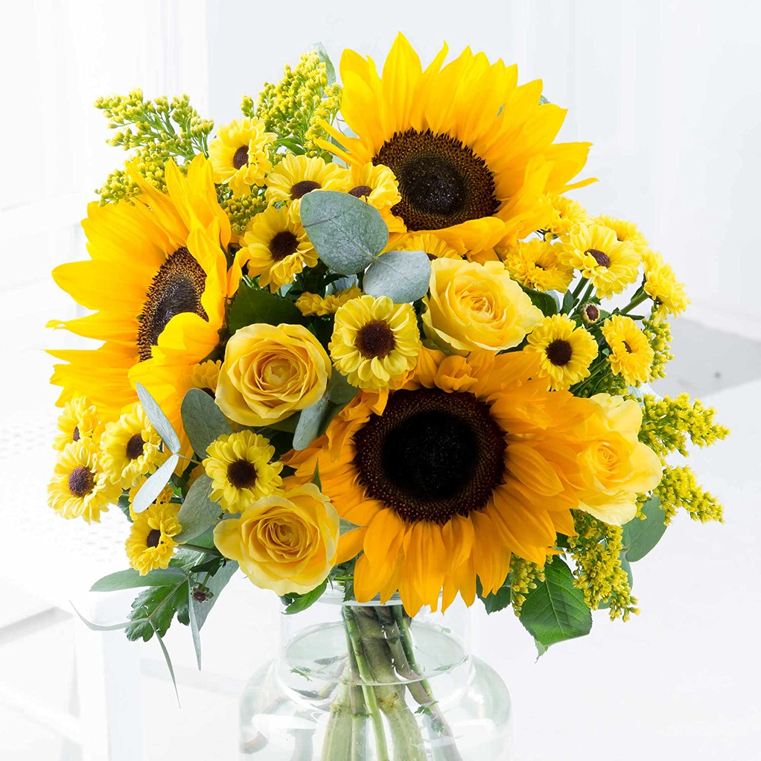 Cheerful Smile with Sunflowers, Free Delivery and Card Message Flying Flowers