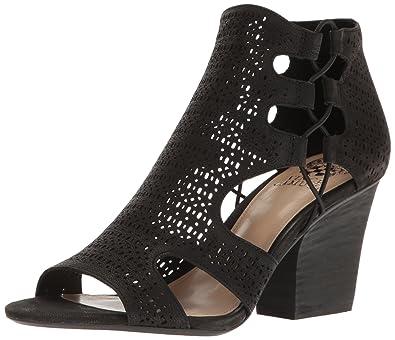 cd7452d7cd3 Vince Camuto Women s Corbina Heeled Sandal