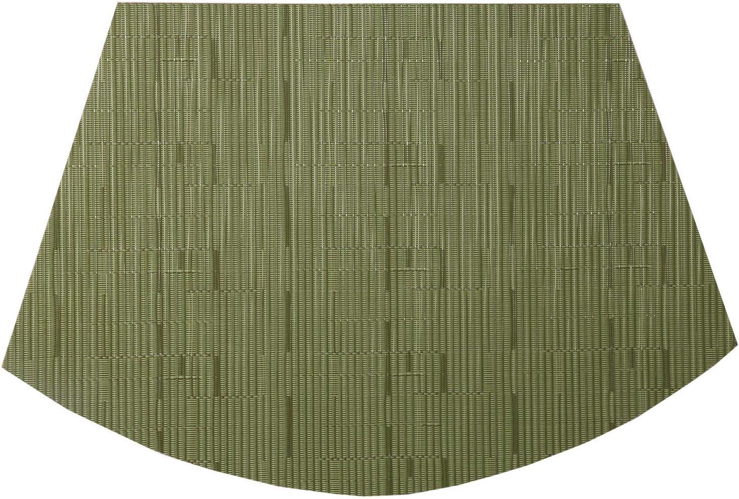 SHACOS Set von 4 Keilf/örmige Platzsets Abwaschbar Hitzebest/ändig,45cm x 30cm PVC geflochtene Tischsets Waschbar Verschlei/ßfest und Langlebig,f/ür K/üche,Innen und au/ßen-Beige