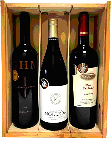 Caja de madera con 3 botellas de vino de crianza de las marcas ...