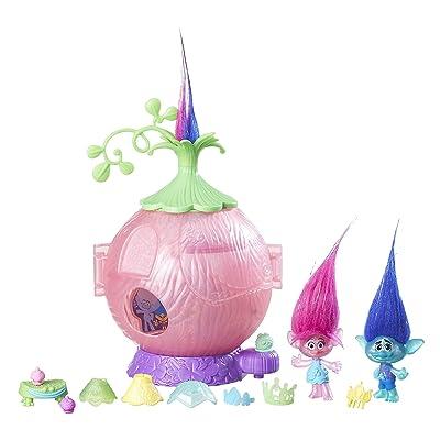 DreamWorks Trolls Poppy's Coronation Pod: Toys & Games