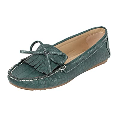844cf2042f2 Catwalk Women s Green Loafers  Buy Online at Low Prices in India ...
